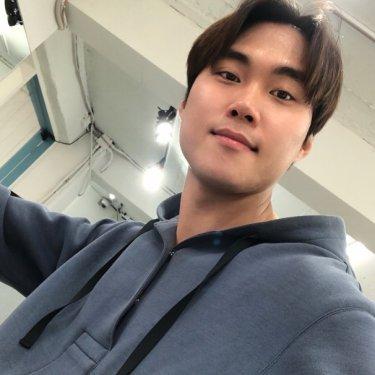 데스티니헤어 홍대점 대표원장 최희성