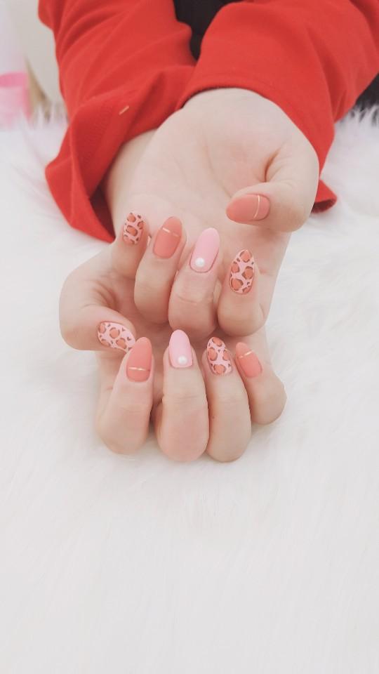 아몬드,핑크,베이지,매트,호피