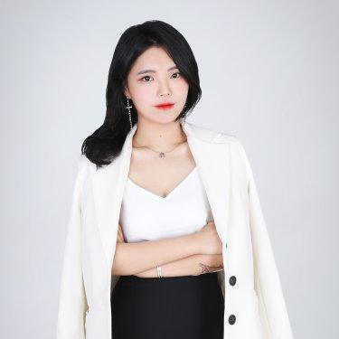 아이벨르팜므 발산역점 수석디자이너 진아