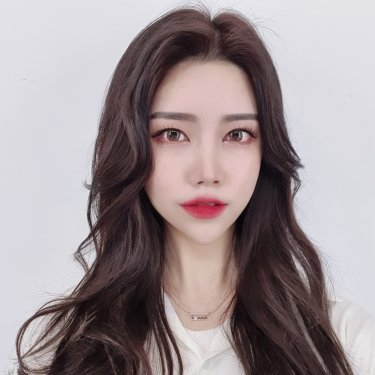 박승철헤어스투디오 서울대점 디자이너 리나