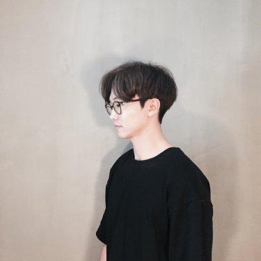 아티스틱 문정본점 실장 민규