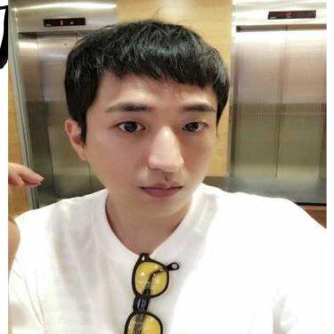 에스휴 압구정로데오역점 부원장 김준호